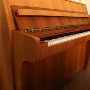 Schimmel Piano gebraucht komplett überprüft Piano-Stark