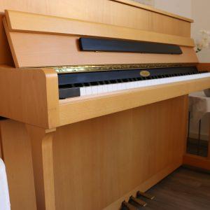 Elegantes Piano von Kemble aus Erle mit tollem Klang