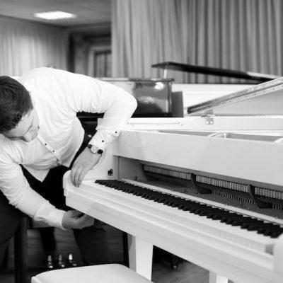 Klaviertransport Karlsruhe - Klavier professionell transportieren lassen - Piano Stark