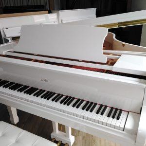 Eleganter Flügel Johanna Piano Stark